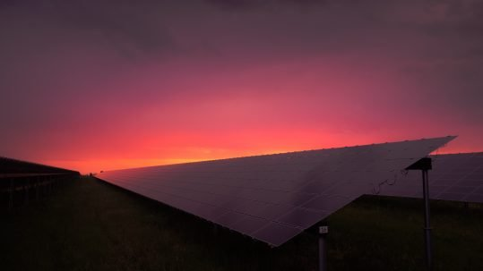 solar power energy at night